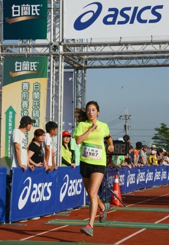 沙發客女神Rima同樣帶傷挑戰健跑組賽事,順利完賽。